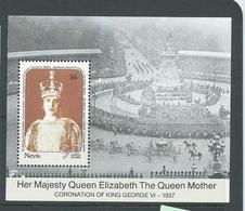 Nevis 1990 Queen Mother Miniature Sheet MNH - St.Kitts-et-Nevis ( 1983-...)