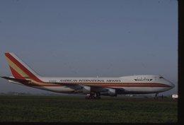 SLIDE / AVION / AIRCRAFT   KODAK  ORIGINAL KALITTA  B 747F  N702CK - Diapositives