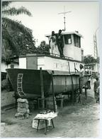 Photo Zaïre Kinshasa. Constructeur Naval Sur La Voie Publique Photo-service PP. Blancs - Africa