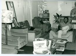 Photo Zaïre Kinshasa. Vendeur De Meubles 1988 Photo-service PP. Blancs - Africa