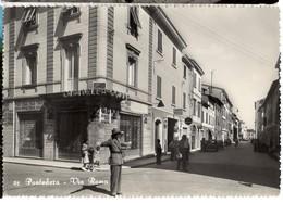CP Italie - PONTEDERA, Via Roma, Poliziotto E Traffico, Gendarme Et Circulation - Pisa