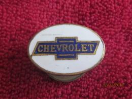 Etats-unis: Broche/pin Chevrolet émail - Badges