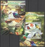 WW230 2013 NIGER FAUNE NIGER BIRDS LES PASSEREAUX KB+BL MNH - Oiseaux