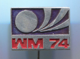 FOOTBALL / SOCCER / FUTBOL / CALCIO - FIFA, World Championship 1974. GERMANY, Vintage Pin, Badge, Abzeichen - Football