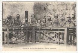 33 - BORDEAUX - Caveau De Saint-Michel - Famille Empoisonnée - Bordeaux