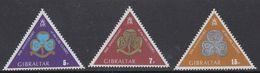 Gibraltar 1975 Girl Guides / Scouting  3v ** Mnh (41485) - Gibraltar
