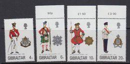 Gibraltar 1975 Uniforms 4v  ** Mnh (41485C) - Gibraltar