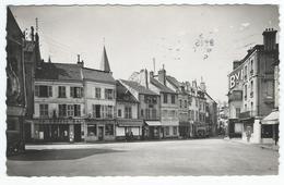 POISSY (78) - Place Du Petit Marché   (commerces)     -  Cpsm - Poissy