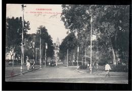 CAMBODIA  Cambodge Phnom Penh Une Rue Du Pnomh Ca 1910 OLD POSTCARD 2 Scans - Cambodia