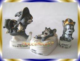 Tom Et Jerry Millénium Mat Et Or ...Lot De 3 Feves....Ref AFF : 53-2007 ..(Pan 0043) - Dessins Animés