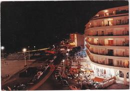 Canet-Plage: CITROËN 2CV, DS, RENAULT 8, DAUPHINE, 4, SIMCA ARONDE - Place De La Méditerranée, La Nuit - Toerisme