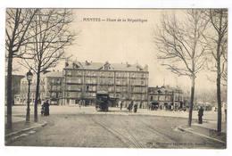 NANTES  PLACE DE LA REPUBLIQUE - Nantes