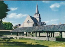 18----NERONDES---l'église Et Le Vieux Lavoir--voir 2 Scans - Nérondes