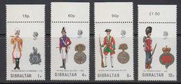 Gibraltar 1973 Uniforms 4v ** Mnh (41485K) - Gibraltar
