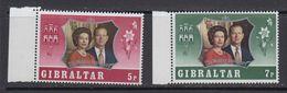 Gibraltar 1972 25th Wedding Anniversary 2v ** Mnh (41485L) - Gibraltar