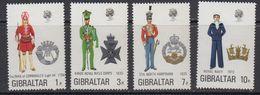 Gibraltar 1972 Uniforms 4v ** Mnh (41485L) - Gibraltar