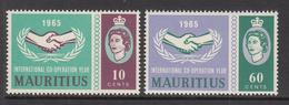 1965 Mauritius International Cooperation Issue Common Design Set Of 2 MNH - Mauritius (1968-...)