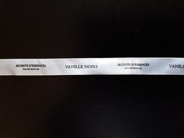 "YVES ROCHER   Ruban  "" Secrets D'essence  : Vanille Noire ""   + 42 Cm !! - Perfume Cards"