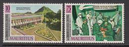 1971 Mauritius Princess Margaret Orthopaedic Centre, Hospital Buildings, Operating Theatre Set Of 2 MNH - Mauritius (1968-...)
