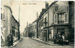 28 - VOVES - Rue Du Voisin - - Francia