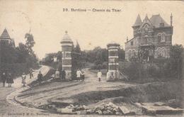 Burdinne - Chemin Du Thier (animée, Travaux, Collection J M G, Villa Médica, 1908, Pour Dr Moreau) - Burdinne
