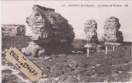 17 Royan - Cpa / Les Rochers De Vallières. - Royan