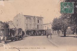 CPA  ROYAN  17 :  Boulevard Botton Et Hôtel Des Bains  1923 - Royan
