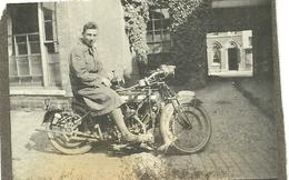 (VIEUX VEHICULE )(MOTO )(TRANSPORT )(CYCLES )  BSA TYPE K.557cc ENVIRONS DE 1915 - Cyclisme