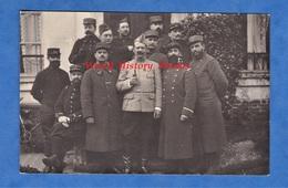 CPA Photo - Lieu à Situer - Beau Portrait D' Officier & Poilu Du 20e Régiment - Voir Uniforme , Pipe - WW1 - Weltkrieg 1914-18