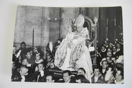 GIOVANNI XXIII  PAPA  PAPST POPE   GUARDIA SVIZZERA  POSTCARD   CON BOLLO RIMOSSO - Papi