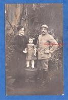 CPA Photo - Beau Portrait De Famille D'un Poilu Régiment D'artillerie - Famille JOUVEY - 1915 - WW1 Femme Enfant Casque - Weltkrieg 1914-18