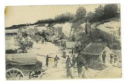 CPA CAMP DE MILITAIRES DANS UNE CARRIERE - Weltkrieg 1914-18