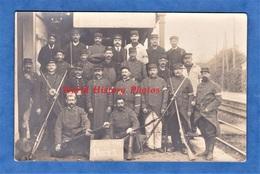 CPA Photo - ROSNY Sur SEINE - Superbe Portrait De Poilu & Chef De Gare - 1914 - Soldat Garde Voie Et Communication - Weltkrieg 1914-18