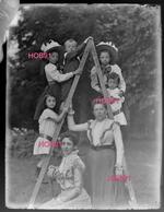 9 Plaques Stereoscopique (format Divers) - Photos Famille - Probablement Blois - Loir Et Cher (513-2, DIV-1) - Plaques De Verre