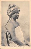 Comores / 17 - Comoro Woman - Belle Oblitération - Comoros