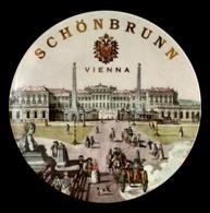 Vienna - Schönbrunn Falra Akasztható Porcelán Tál, Matricás, Jelzett, Hibátlan, D: 15 Cm - Céramiques