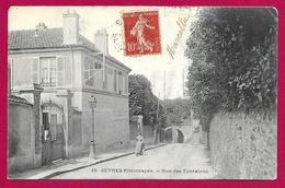 CPA Sèvres - Rue Des Fontaines - Sevres