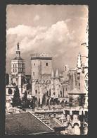 Avignon - Le Palais Des Papes Et N.-D. Des Doms - 1956 - Avignon (Palais & Pont)