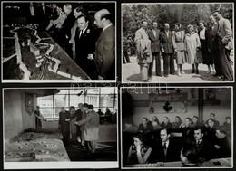 Kiállítások, Egyéb Rendezvények Képei, Tiszavölgyi József Pecsétjével, 18 Db Fotó, 12,5×18 Cm - Autres Collections