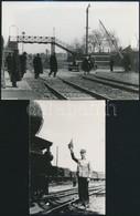 Cca 1930-1940 Vasúti életképek, Szakállas Sorompó, Felüljáró, Vasutas Zászlóval, 2 Db Fotó, Későbbi Előhívás, 15×10 és 1 - Other Collections