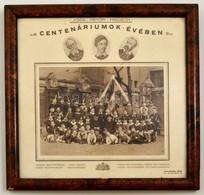 Cca 1923-1925 Budapest, Gimnazisták Iskolai Csoportképe, Díszes Karton Tablóra Ragasztva, üvegezett Fa Keretben, 17,5×23 - Other Collections