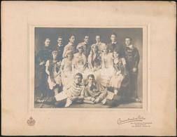 Cca 1930 Színésztársulat? Csoportképe, Fotó Brunhuber Béla Budapesti Műterméből, Kartonra Ragasztva, 12,5×16,5 Cm - Autres Collections