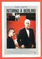 CINEMA-CARTOLINA MANIFESTO FILM-RITORNO A BERLINO-TONY CURTIS-KATHARINA THALBACH - Manifesti Su Carta