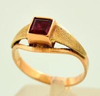 Arany (Au) 14K Gyűrű Szintetikus Rubinnal, Jelzett, Méret: 56, Bruttó: 3,1 G - Jewels & Clocks
