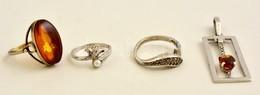 Ezüst (Ag.) Medál és Gyűrűk (3 Db), Közte Borostyán, Tenyésztett Gyöngy, Markazit, Bruttó: 15 G - Jewels & Clocks