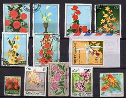 Lot De 12 Timbres  FLEURS - Plants