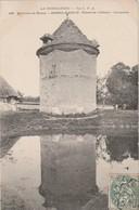 76  Mesnil Raoult. Ferme De L'Abbaye. Colombier - Autres Communes