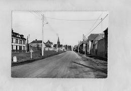 E1312 - MOLIENS - D60 - Rue Principale - Other Municipalities