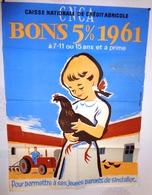 Affiche Caisse Nationale De Crédit Agricole. Pour Permetre à Ses Jeunes Parents De S'installer 1961 - Affiches