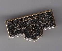 Pin's Champagne Louis De Sacy  Réf 3970 - Beverages